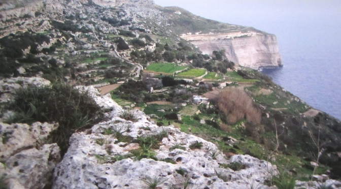 A hike to Dingli Cliffs