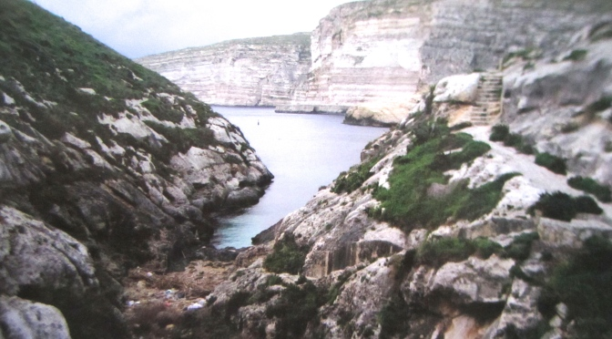 Scouring the cliffs beyond Xlendi