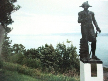 Captain Cook's statue of where he first landed in New Zealand