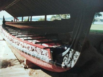 Maori canoe, Waitangi