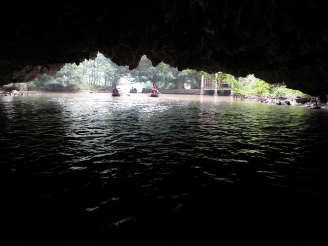 Ngo Dong River boat ride