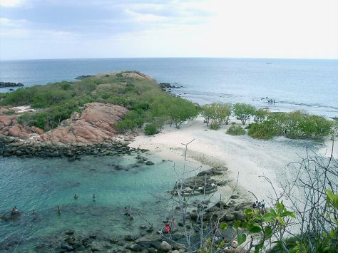 800px-Sri_Lanka-Trincomalee-Pigeon_Island