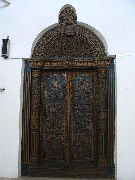 450px-zanzibar_door_carved