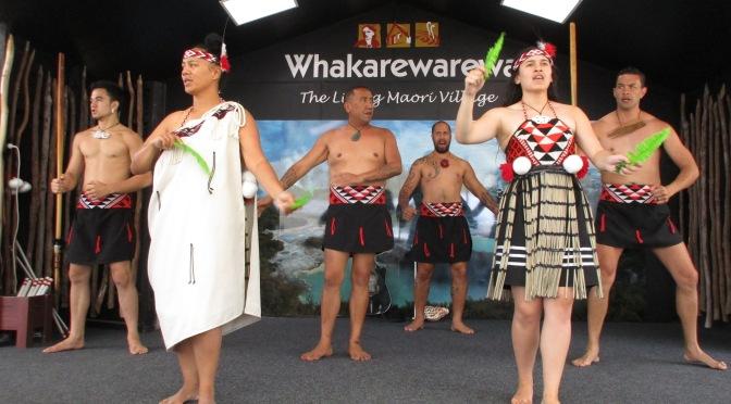 Whakarewarewa's Maori Performance