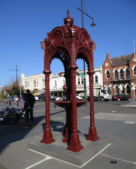 Memorial drinking fountain, Williamstown