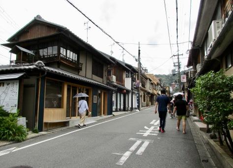 Street leading to Kiyomizu-dera, Kyoto